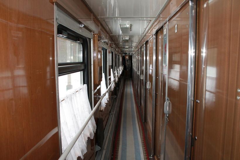 картинки фото поезда внутри вагона купе зачастую