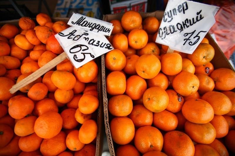 Вот так в Сочи продают мандарины в октябре