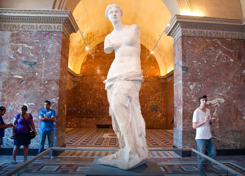 15 самых знаменитых скульптур со всего мира, о которых должен знать каждый человек