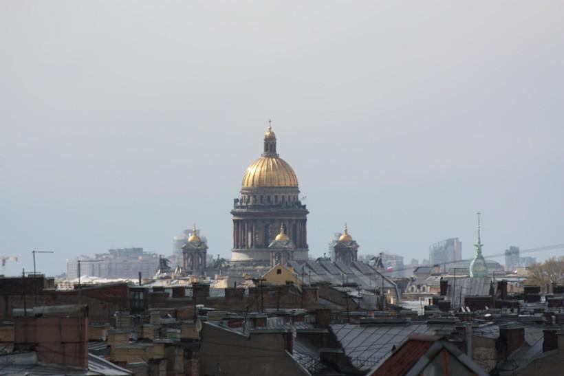 В Петербурге можно гулять по крышам