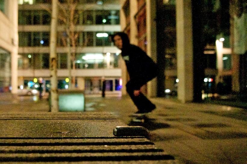 Зачем на улицах Лондона делают подобные странные железки