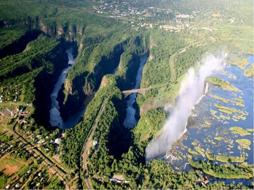 Водопад Виктория, река Замбези и грандиозные разломы