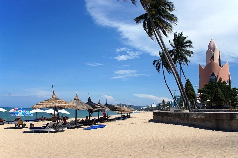 Вьетнам, на пляже в Нячанге