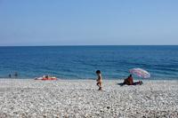 Гудаутский пляж в октябре