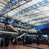 Международный аэропорт Гамбурга в Германии