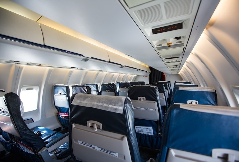 салон самолёта Bombardier авиакомпании RusLine