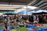 На рынке в Кемере