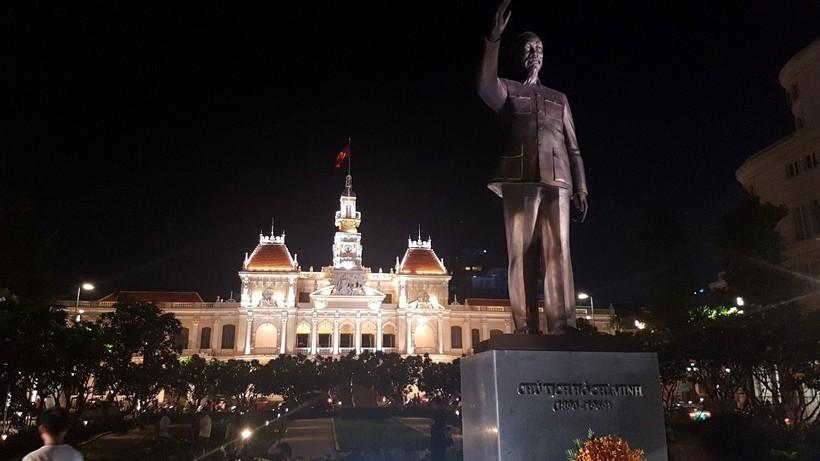 Памятник Хошимину, апрель 2018