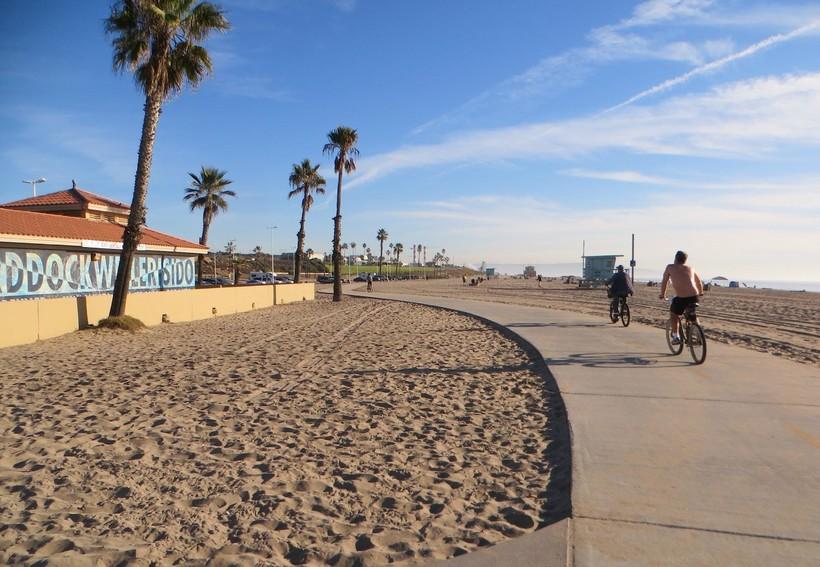 Велодорожка на пляже Лос-Анджелеса, май 2018