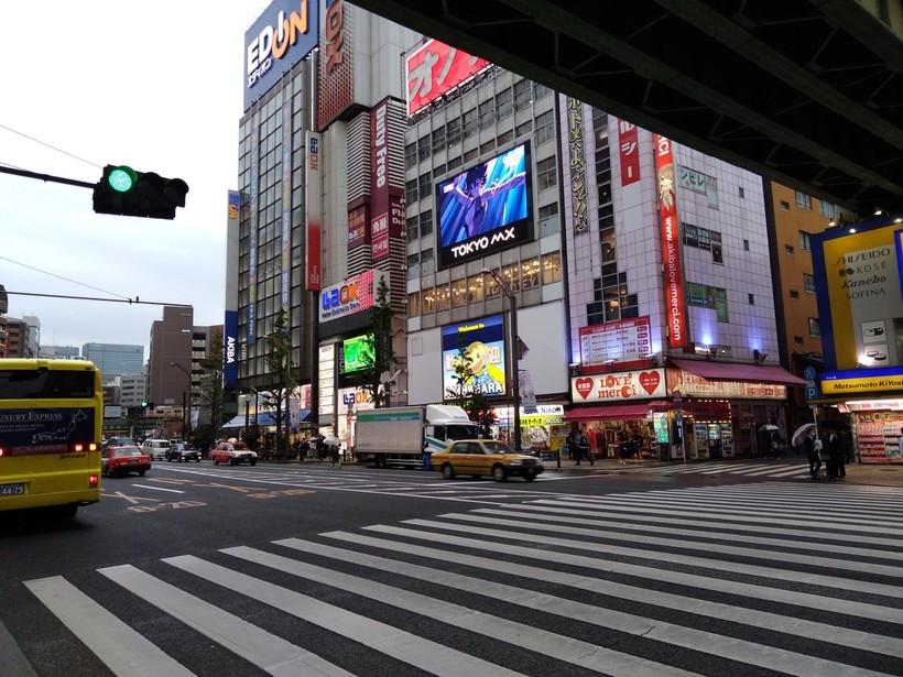 В районе Акихабара, Токио 2018
