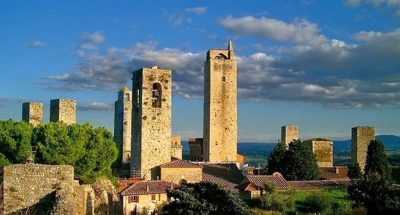 Чудесный Сан-Джиминьяно — средневековый город небоскребов