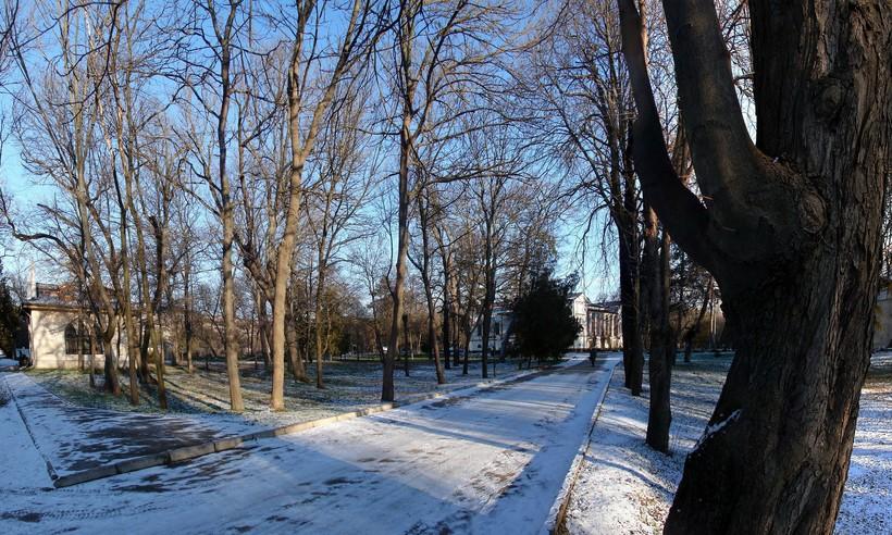 Снежный Симферополь в январе