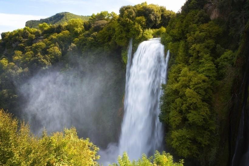 Водопад Марморе: рукотворное чудо, которое создали еще древние римляне