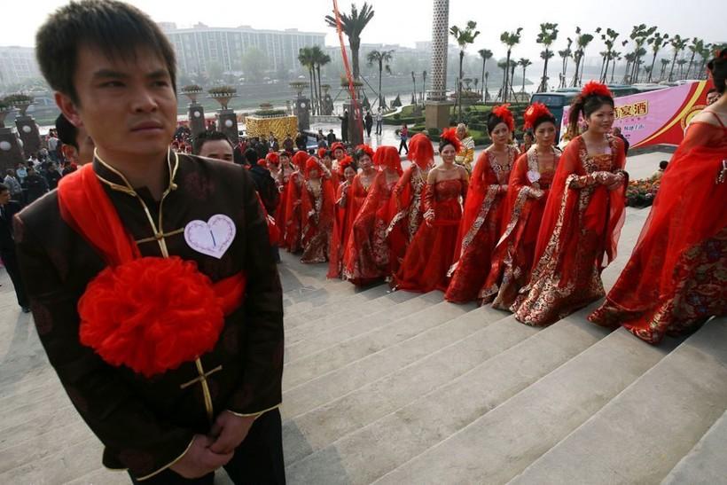 Выразительные фотографии со свадебных церемоний по всему миру