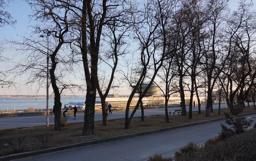 Набережная Волгограда в марте