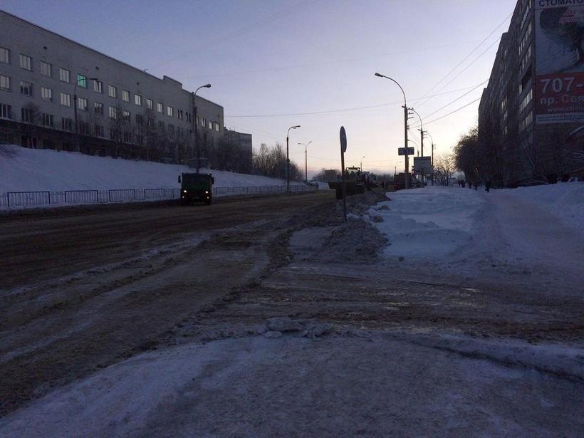 Обычная улица в Мурманске