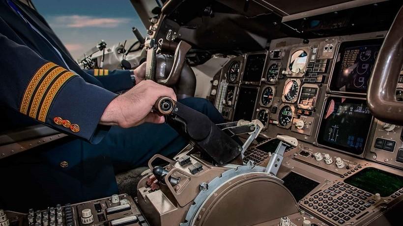 Знаете ли вы что пилот и второй пилот должны есть разную еду?