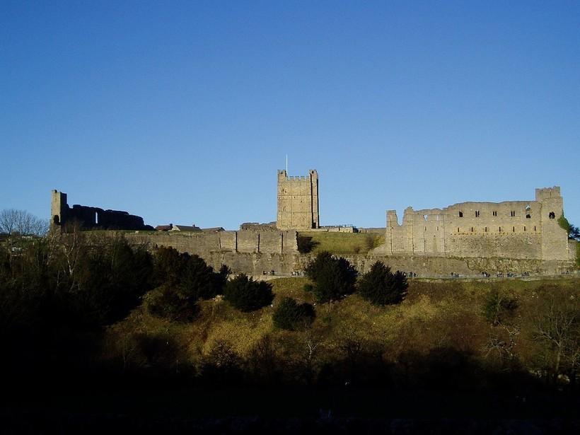 Вид на Ричмондский замок, основанный Руфусом