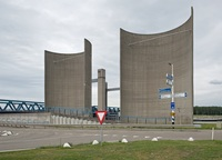 Для чего в голландском Розенбурге построили более 120 бетонных колонн