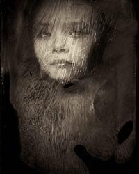 Фотограф из Франции использует 166-летнюю технику для съемки детей