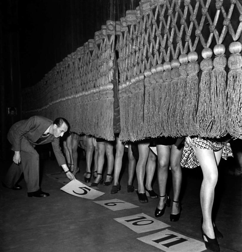 Когда девушек оценивали по ножкам: как проходил конкурс на самые красивые лодыжки