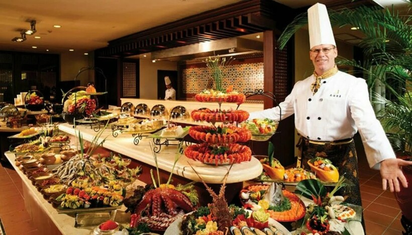 Смёргосбурт, пришедший из скандинавских стран, стал популярен во всем мире