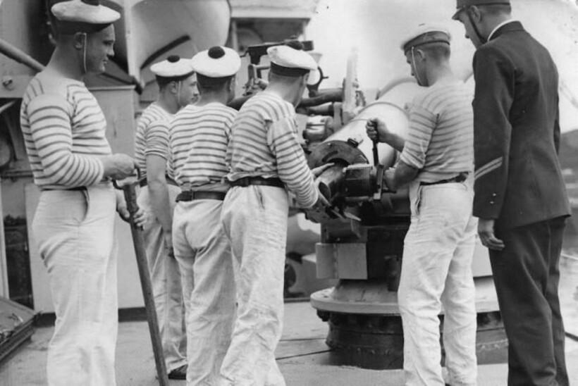 Официальная униформа французских моряков
