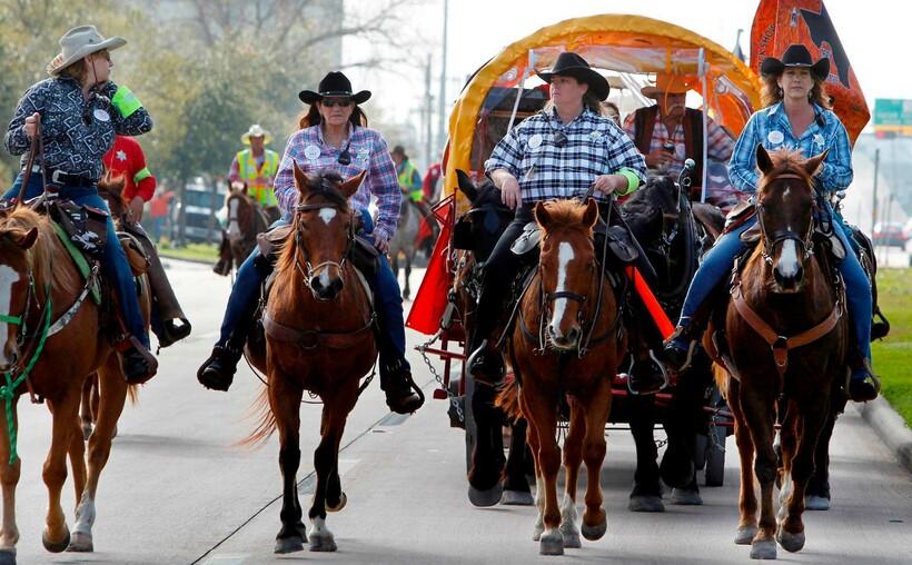 Говорят, в Техасе у каждого жителя есть хотя бы одна пара ковбойских сапог