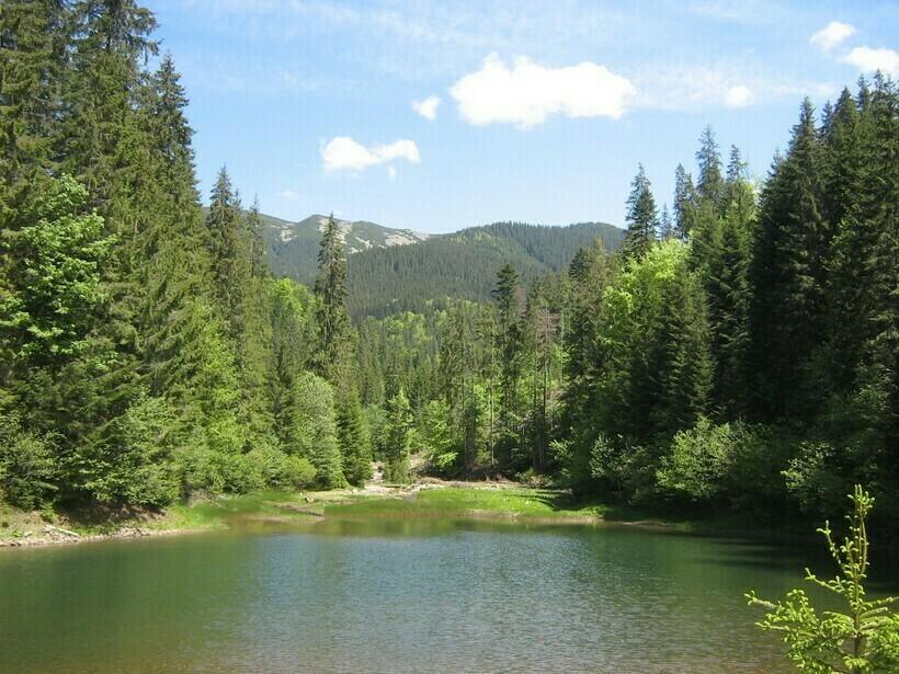 Озеро Довбушанское