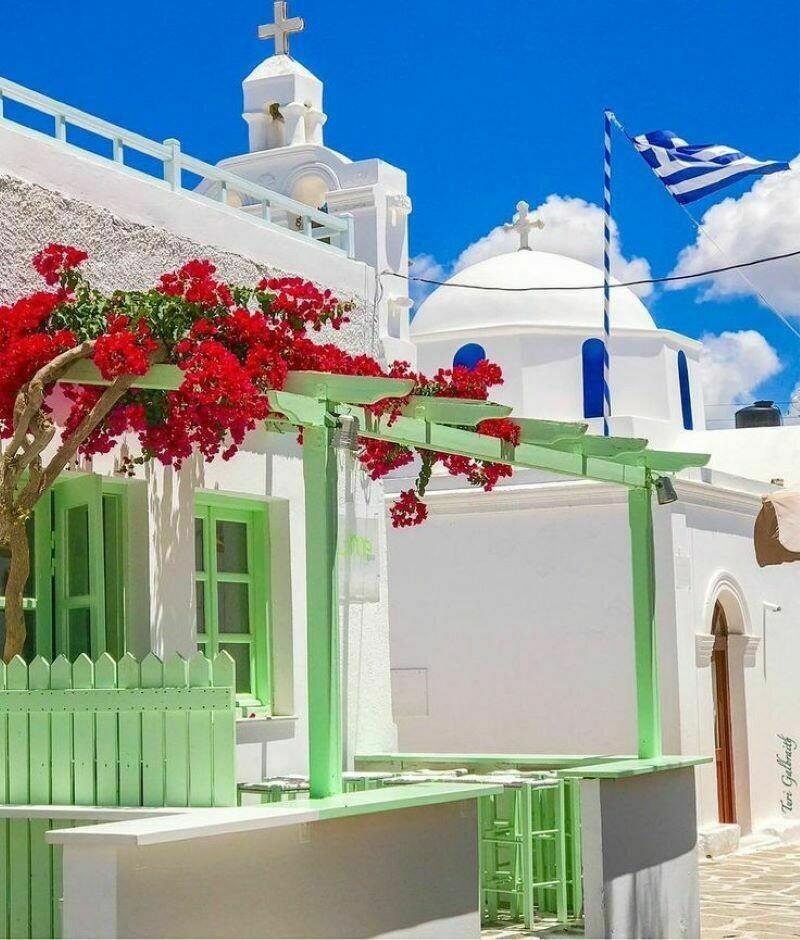 Цвет настроения — греческий: почему дома на островах бело-голубые, и есть ли варианты