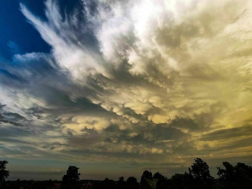 Такие облака вполне можно назвать предвестниками бури