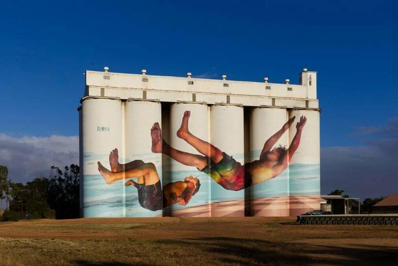 12 примеров того, как в Австралии унылые зернохранилища превращают в арт-галереи