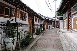 Деревня Букчон Ханок