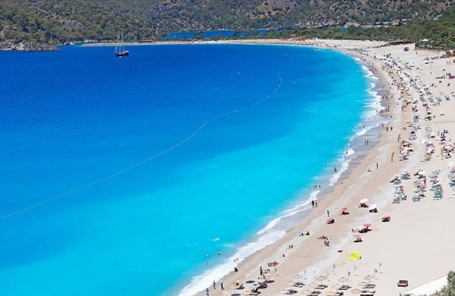 Только «Спутник V» подходит для отпуска в Турции