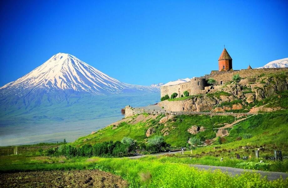 Армения упростила въезд для детей
