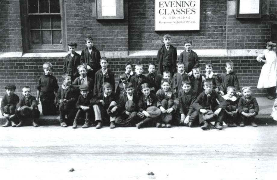 Как в начале XX века английские школьники подняли бунт и победили учителей