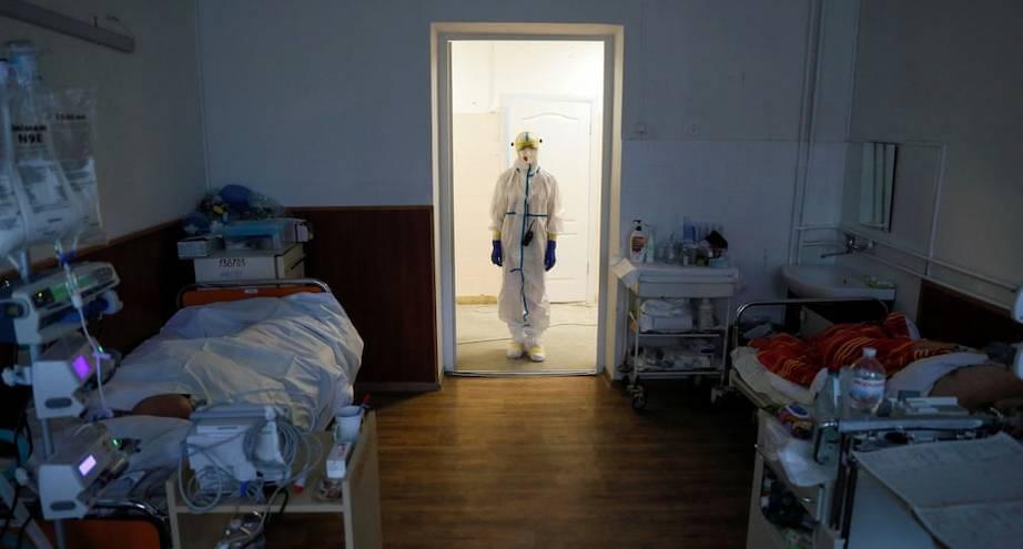Фото дня: будни врачей